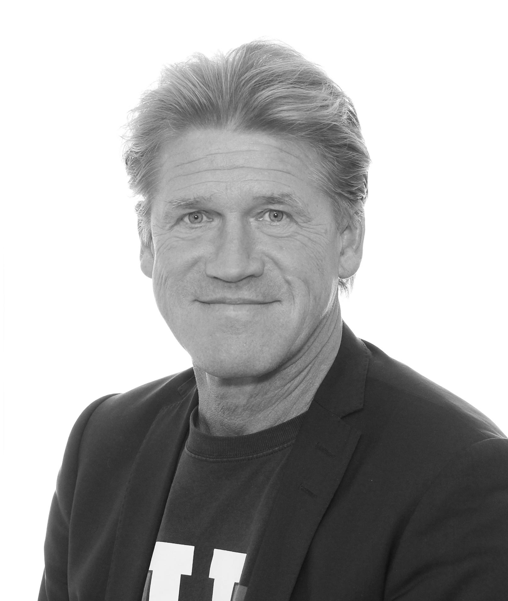 Jens-portræt-Sorthvid